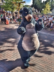 Disneyland Paris parade Baloo