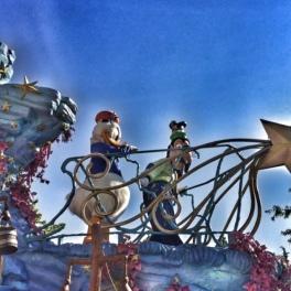 Disneyland Paris parade Donald Duck and Goofy