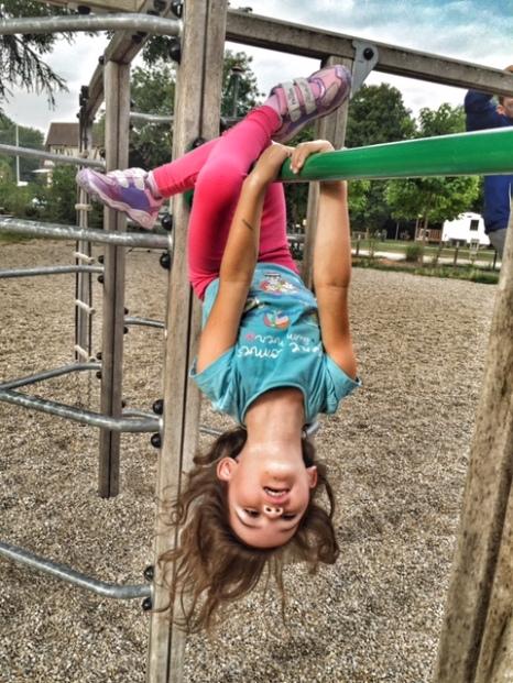 Paris Kara hanging around