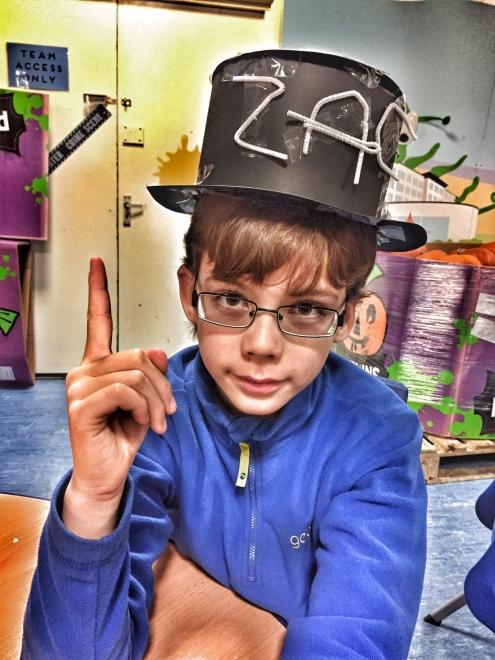 butlins-isaac-hat