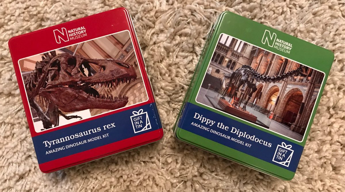 Apples to Pears 'Gift in a Tin' model dinosaurs review